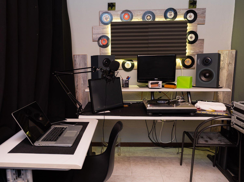 WebHouse One radio
